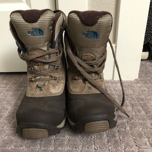 North face winter hiking boot